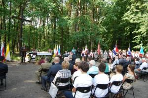 Poświęcenie nowego krzyża w Lasach Panewnickich